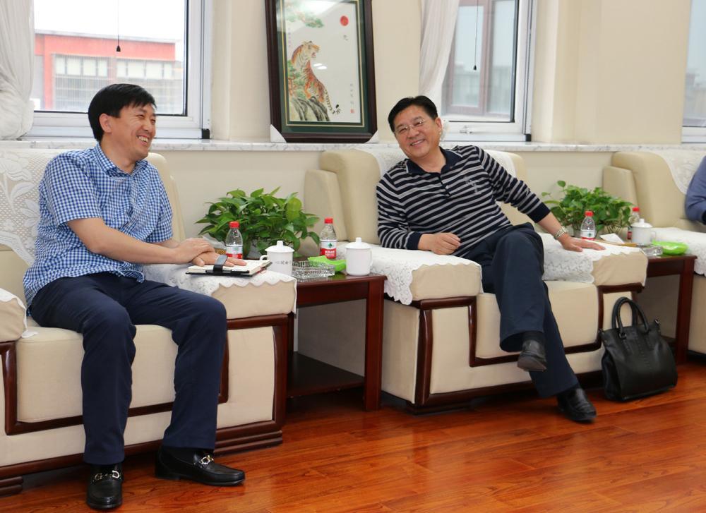 市检察院党组成员,反贪局副局长刘英斌同志